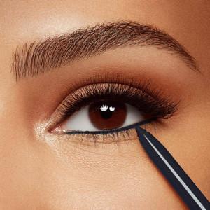 Как красиво красить глаза карандашом?