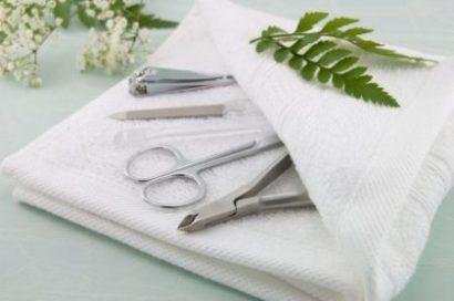 Очищение и стерилизация инструментов для маникюра
