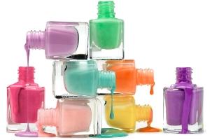 Гель-лак, вытекающий из бутылочек