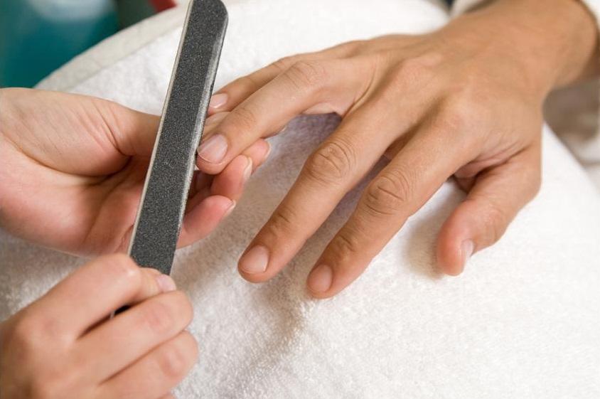мужской маникюр - подпиливание ногтей