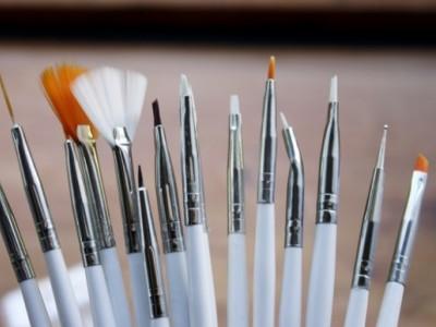Уход и хранение кистей для дизайна ногтей