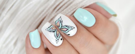 мятный дизайн ногтей с ультрабондом коди