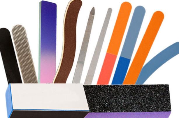 фото набора разных пилок для маникюра